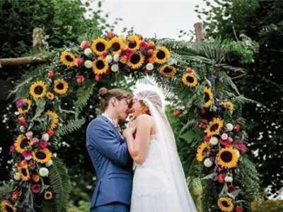 1990年出生的屬馬女人 屬馬人的婚姻與命運如何90年屬馬婚姻狀況揭秘