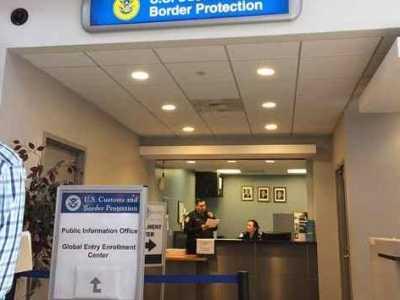 航班產子被美遣返 航班可能會導致你被遣返