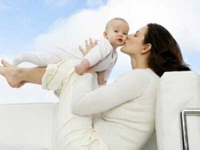 喂過奶的下垂胸部照片 揭秘如何恢復胸部下垂厲害