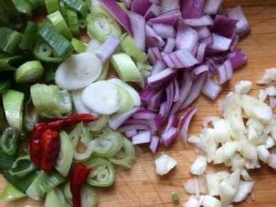 家庭菜肴的做法 家庭版水煮肉的做法